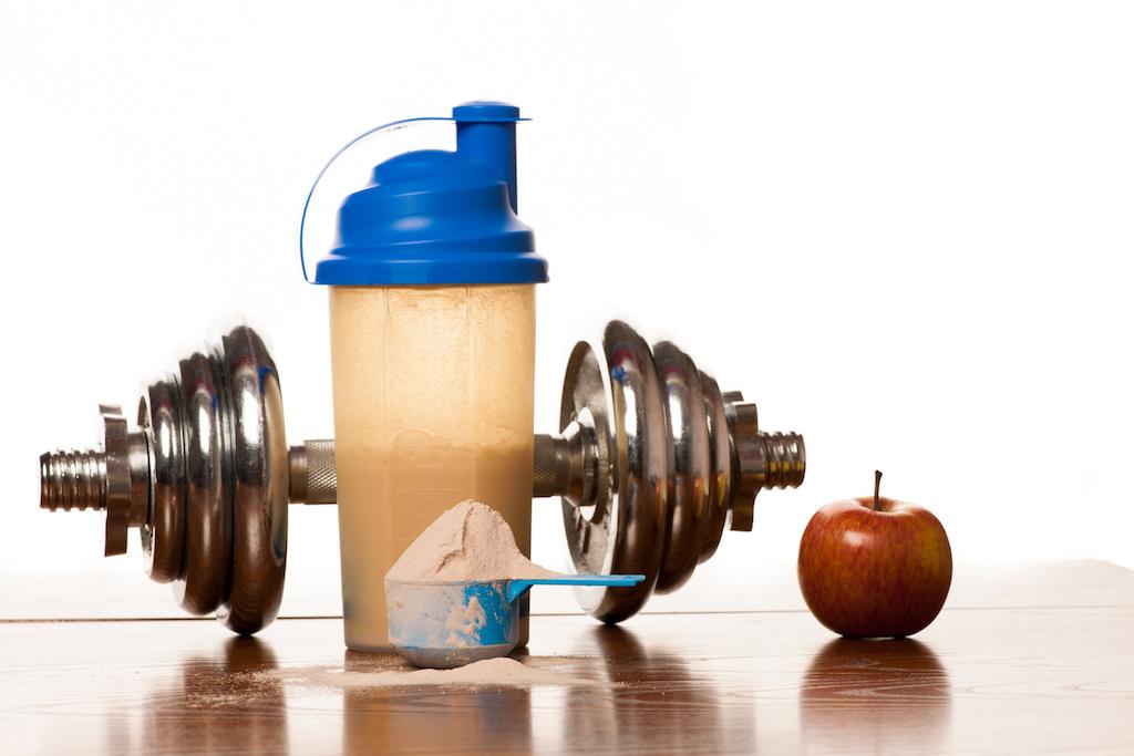 ウエイトゲイナーで効率よく筋肉を作る!効果の高い使用方法で、理想のボディーを手に入れよう